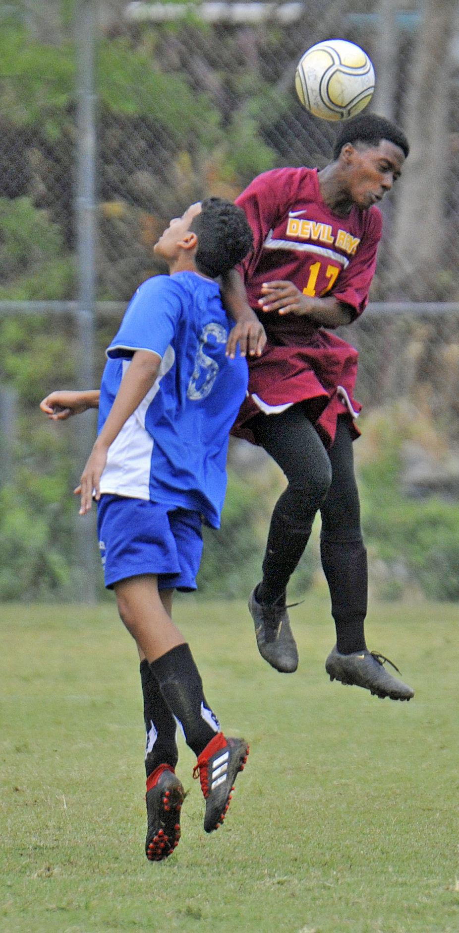 Antilles Kean soccer 04