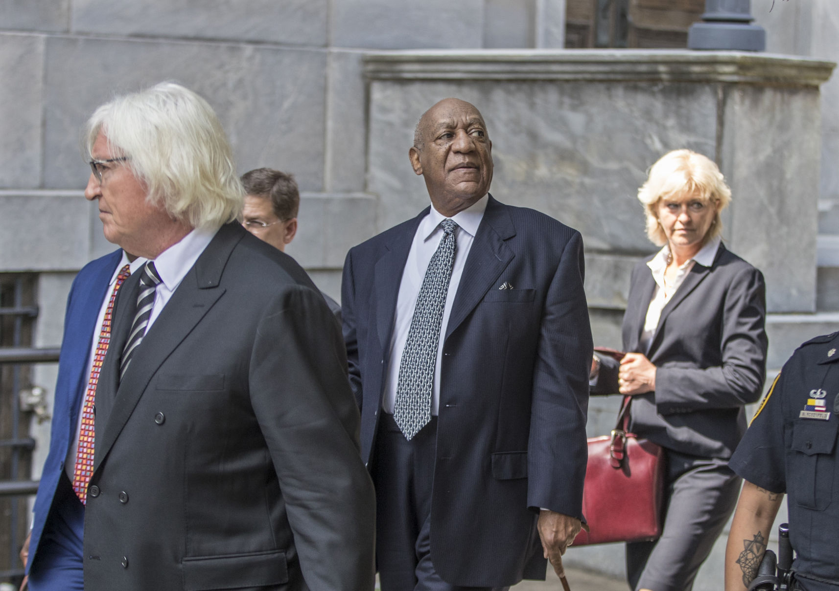 The former lawyer of Michael Jackson will defend Bill Cosby
