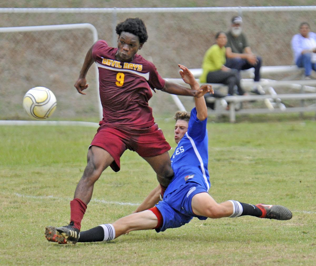 Antilles Kean soccer 05