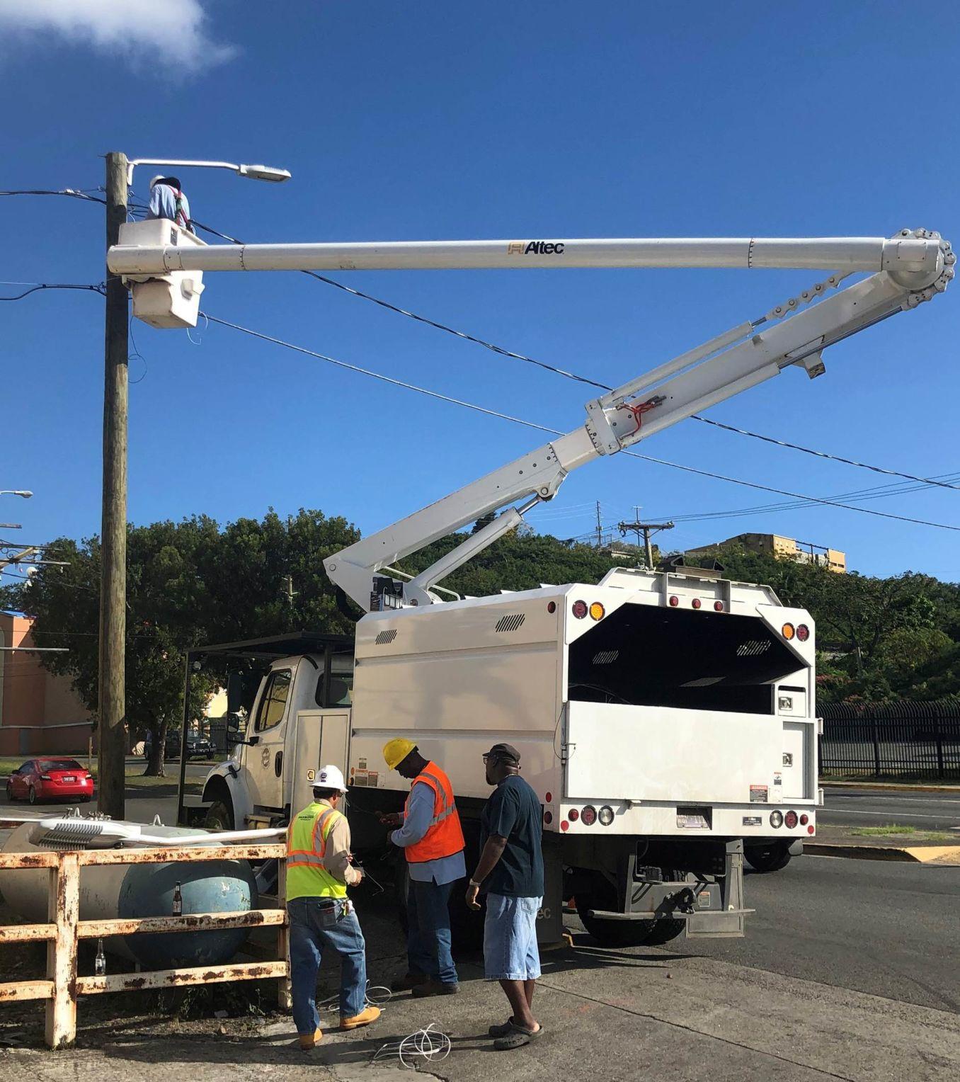 WAPA crews install streetlights