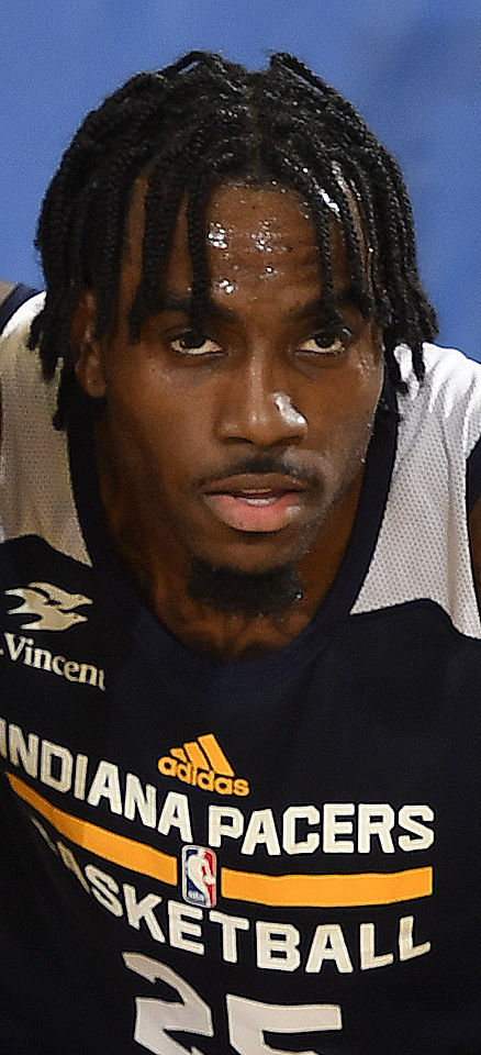 Rakeem Christmas.Christmas Signs With Chinese Pro Team Sports