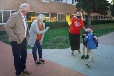 Governor Walz visits students in Blaine