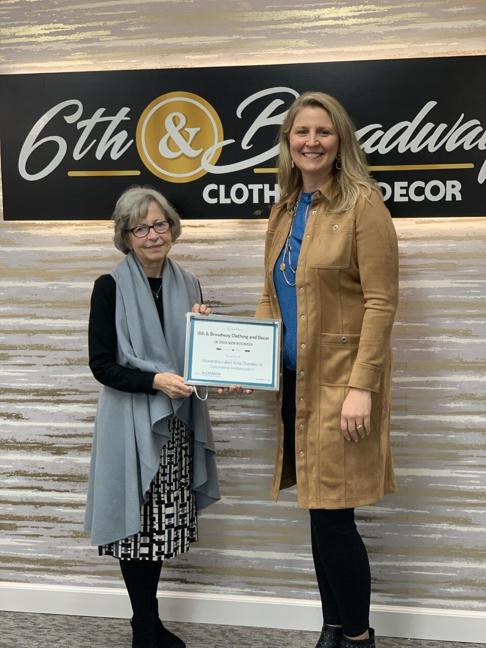 Chamber Ambassadors Recognize 6th & Broadway Clothing and Decor