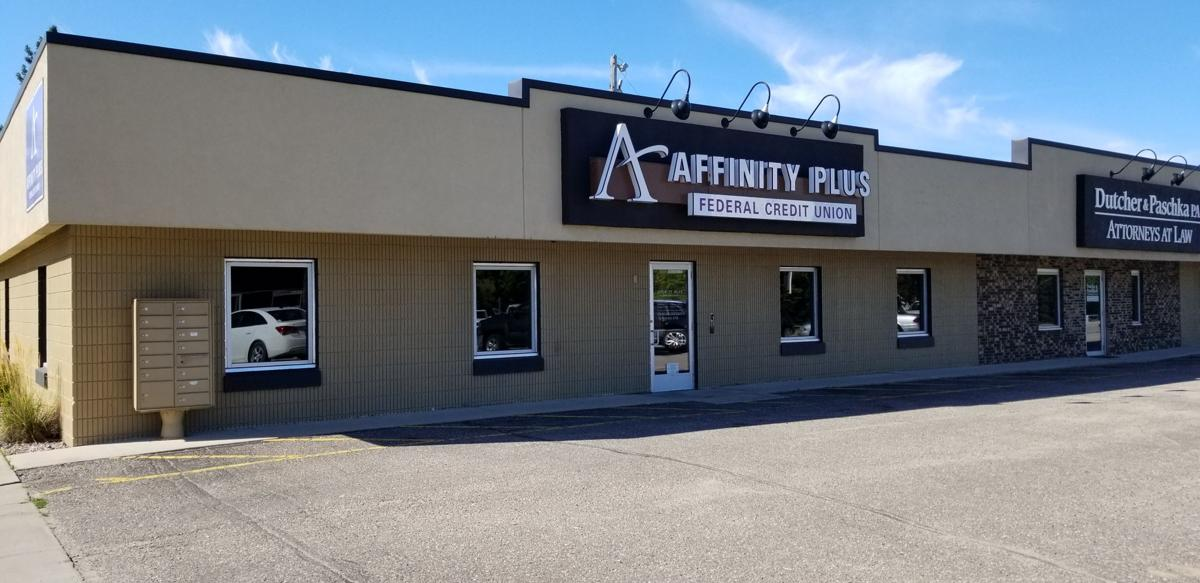 Affinity Plus Credit Union >> Police Looking For Robbery Suspect At Local Credit Union