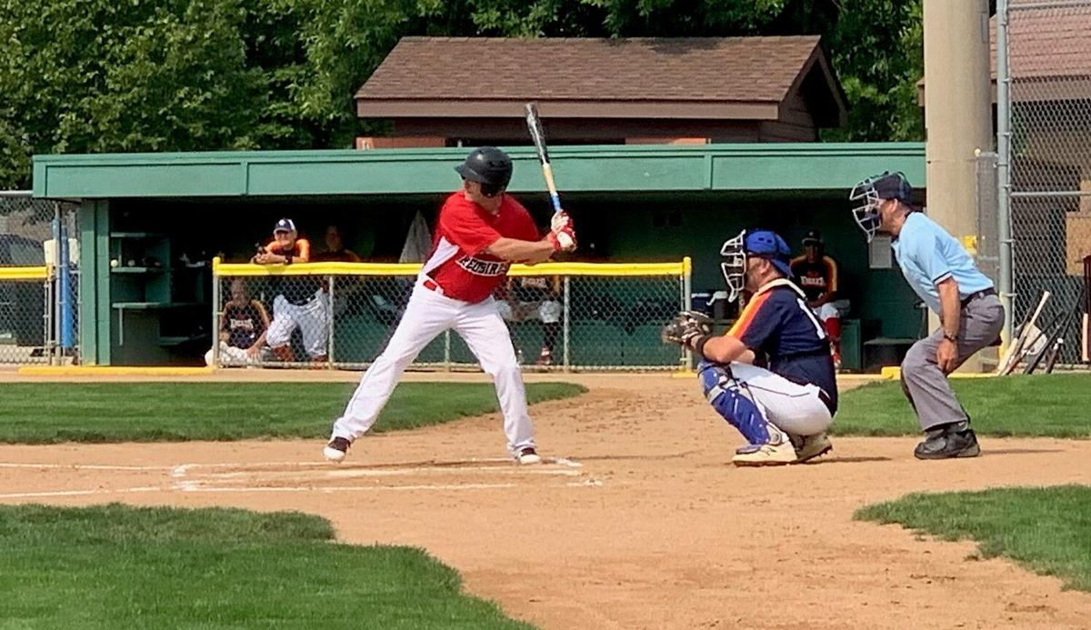 Jeff Kuhn gets a big 2 RBI hit to put the Redbirds out ahead