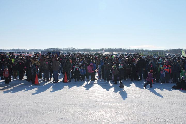 2020 Fishing Crowd