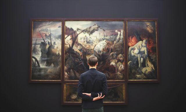 Museum moving header