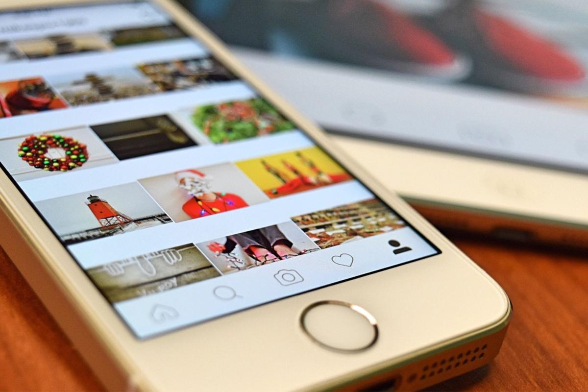 Five photo-editing apps for the nostalgic Instagrammer