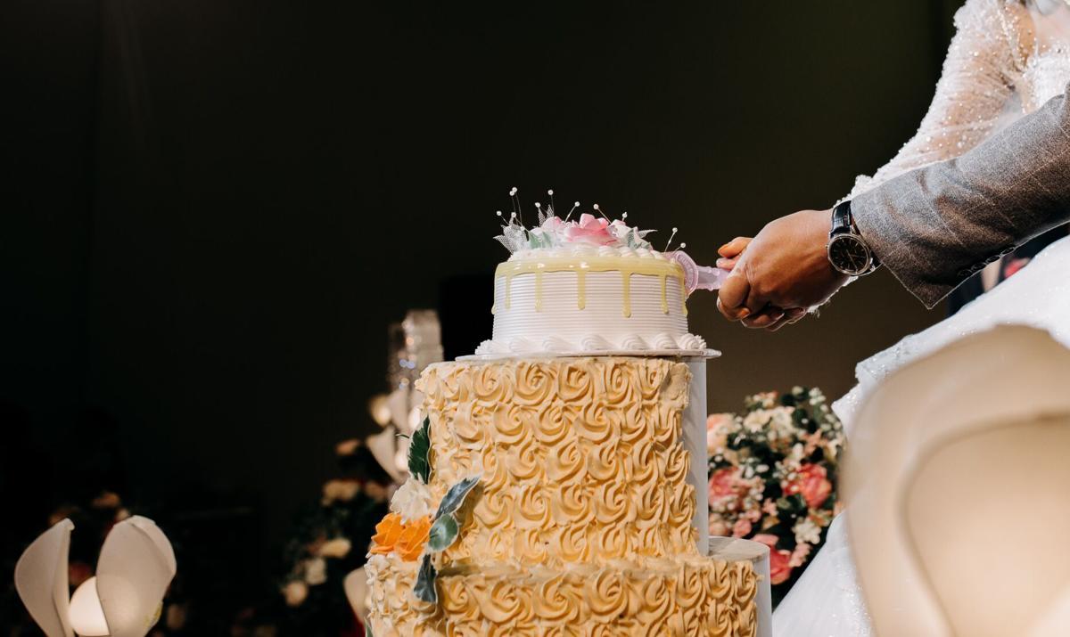 Wedding cakes unsplash