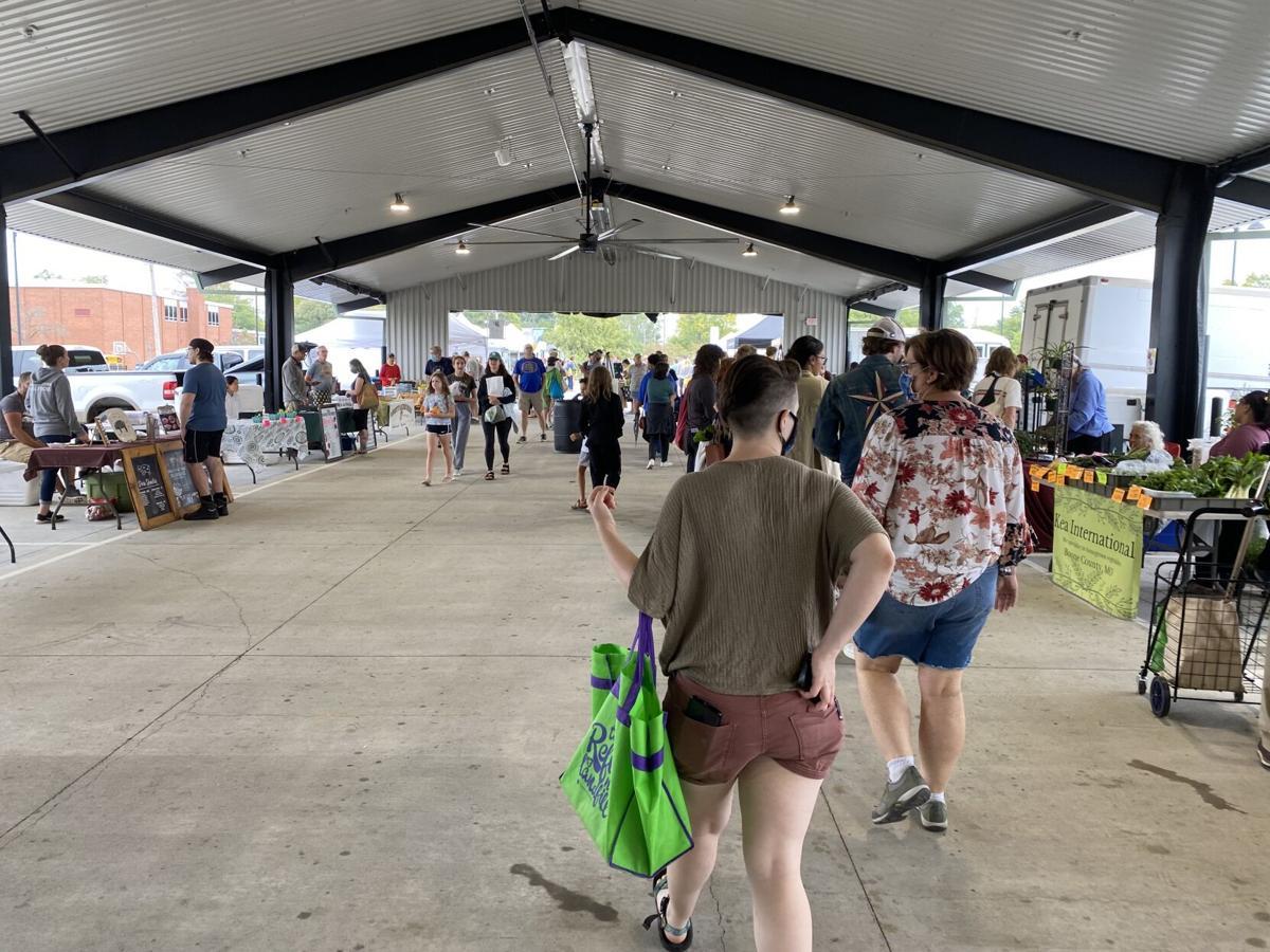 Columbia Farmers Market inside