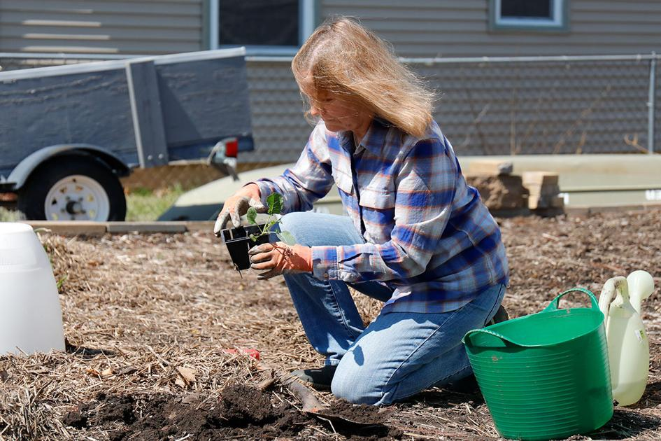 Cultivate pride in yourself and your community through home gardening
