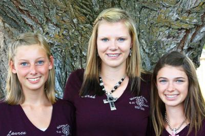 4-Hers earn awards at end-of-fair program