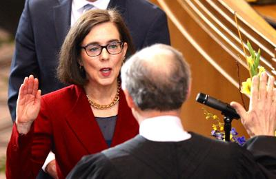 Brown takes oath as Oregon's elected governor