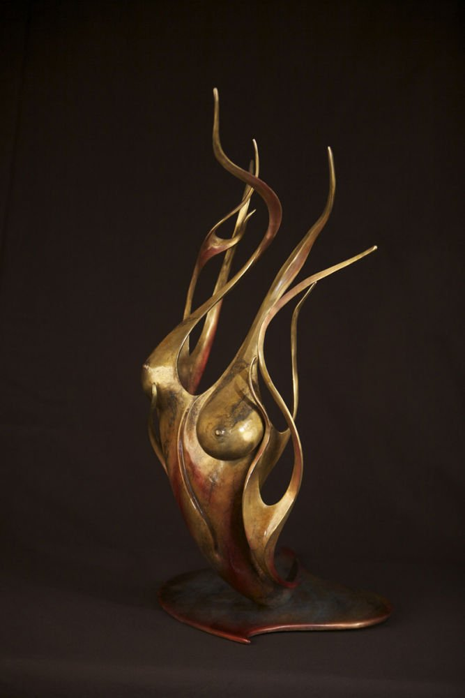 Lisa Arquette's sculpture to be seen on 'Grimm'