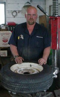 Kevin's Tire Shop opens doors