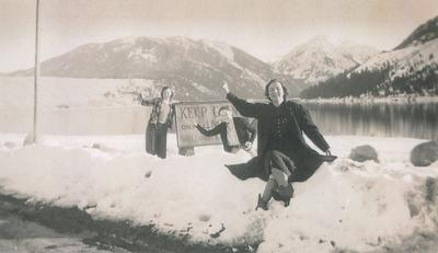 1940s hitchhikers at Wallowa Lake