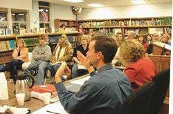 Wallowa superintendent gets ovation at school board meeting