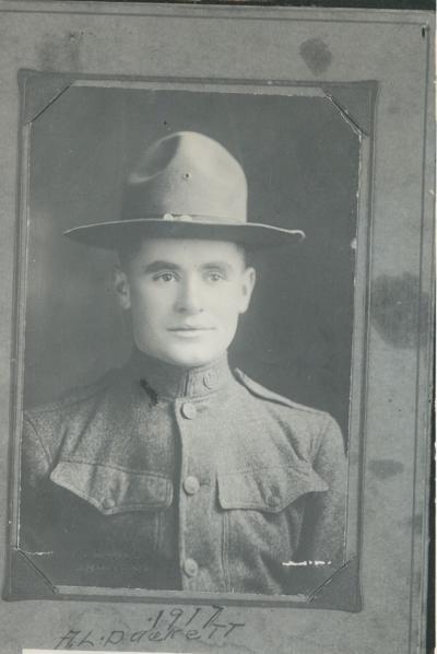A.L. Duckett 1917.jpeg