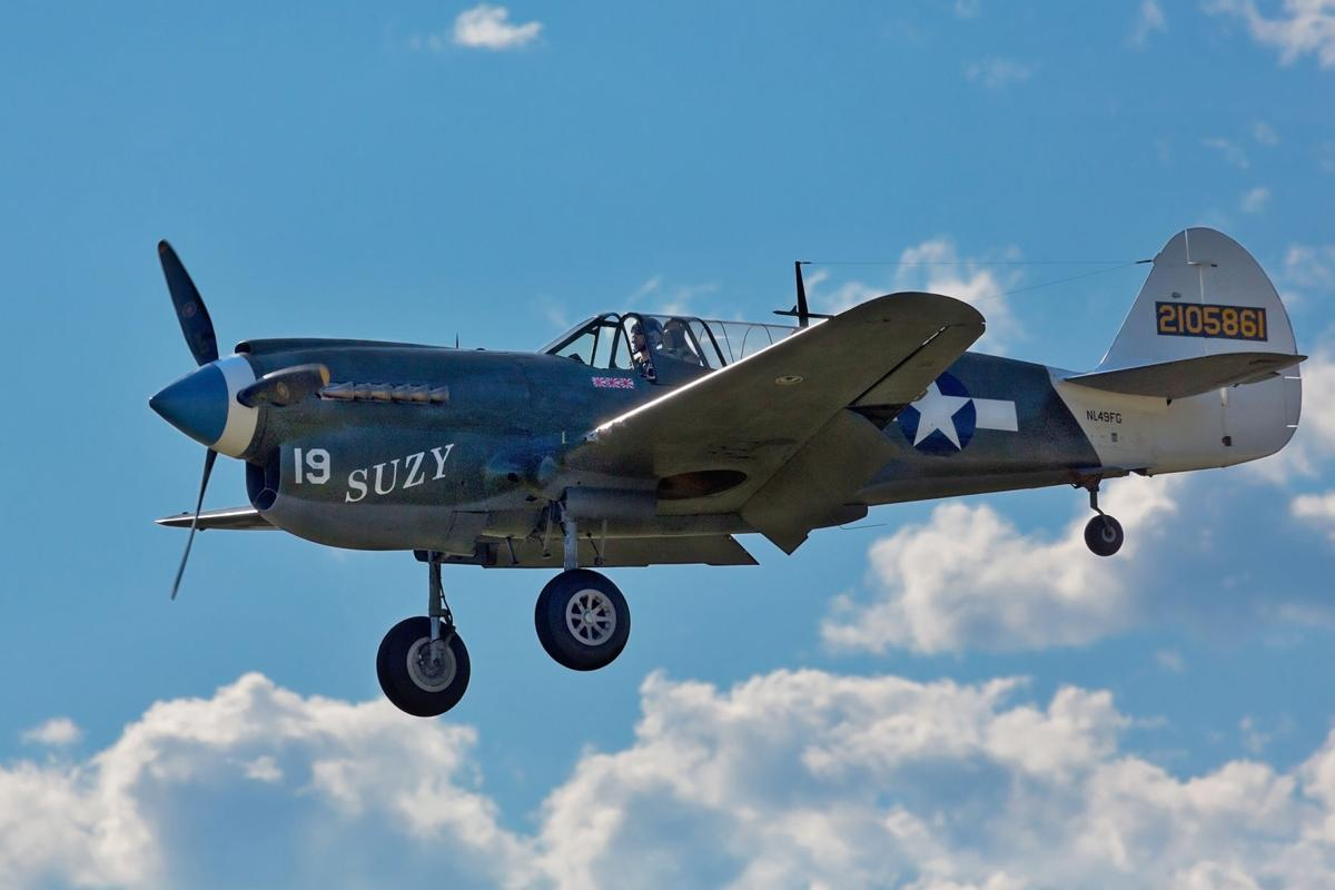 Flyin P-40