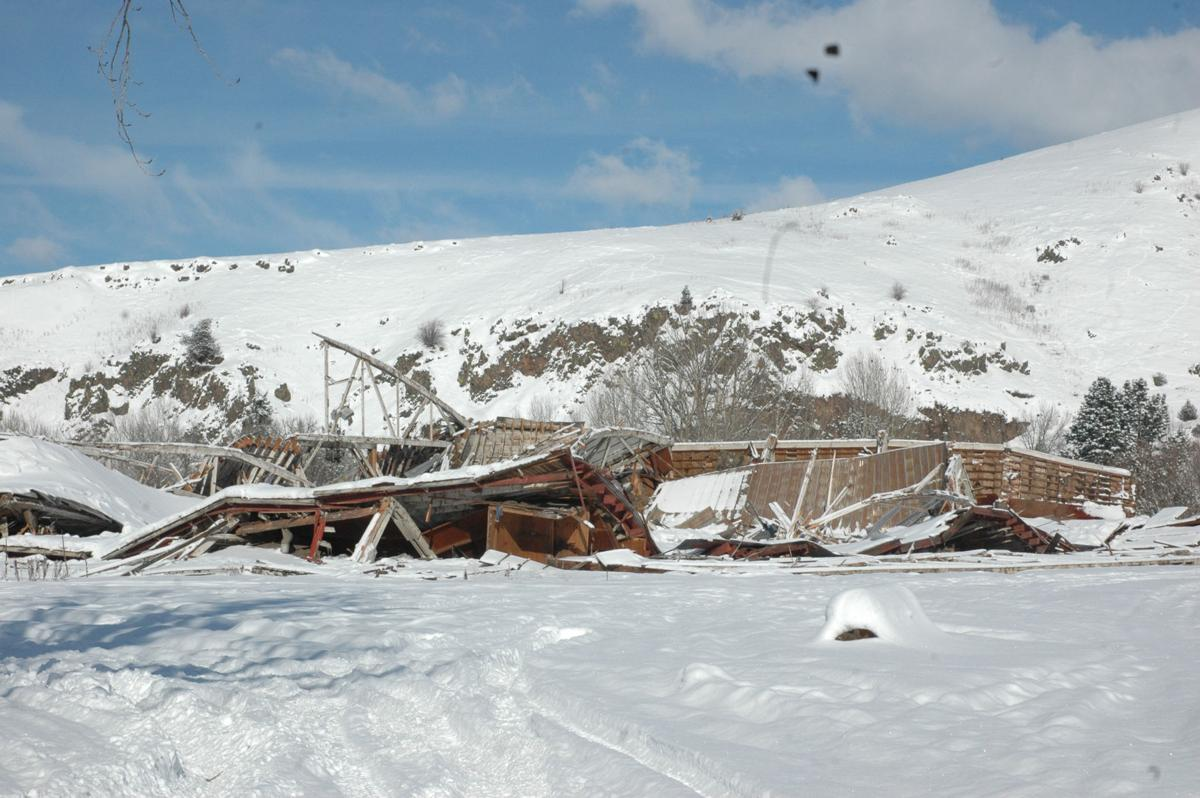 Structures collapse under weight of ice