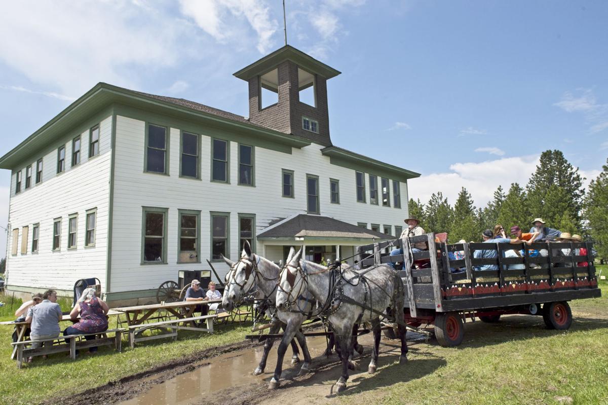 Flora School Day Wagon Ride