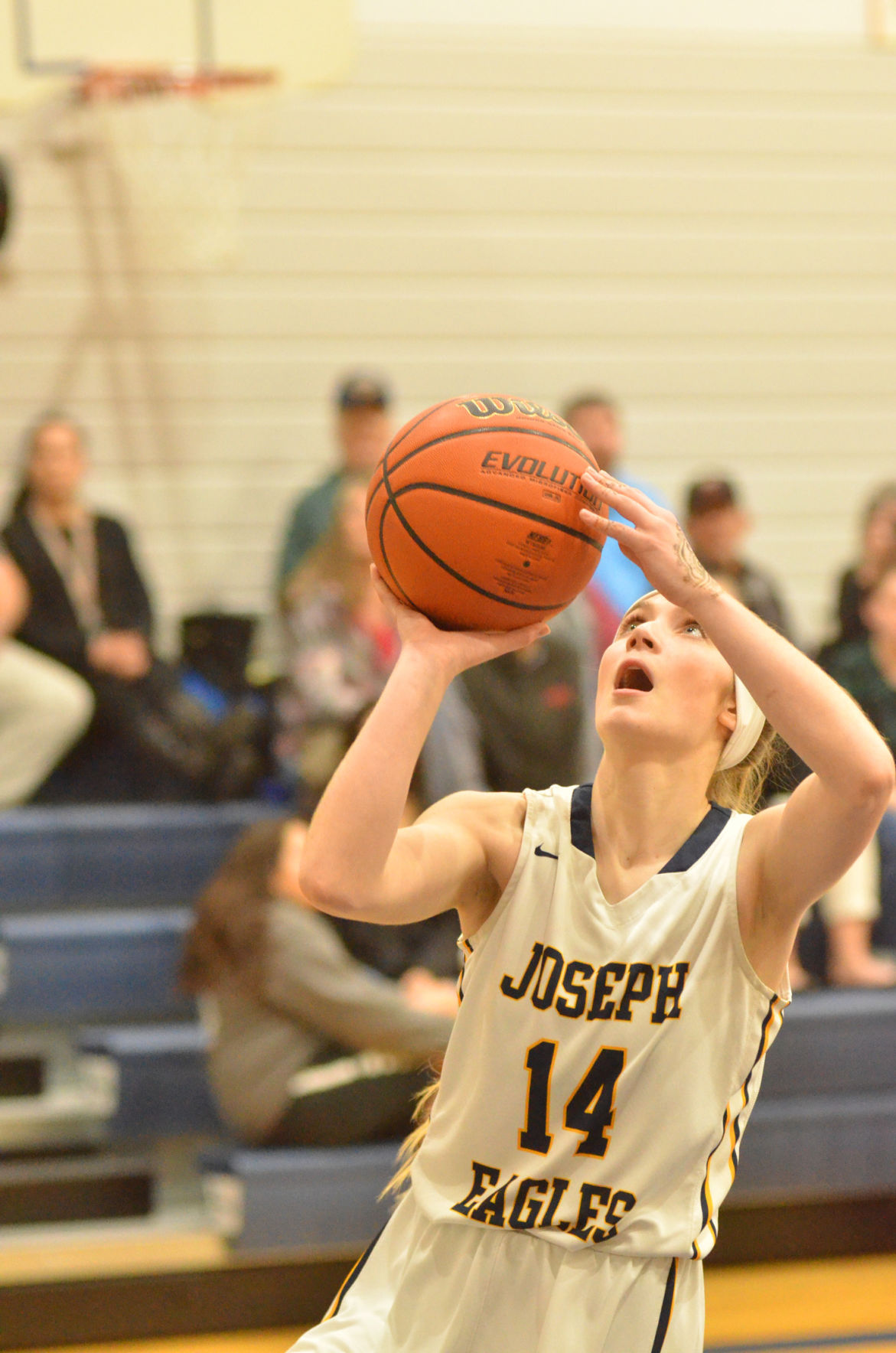 Joseph ladies trounce Grizzlies