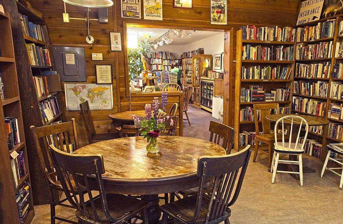 Bookloft LaGrande shoppers 2 PP.jpg