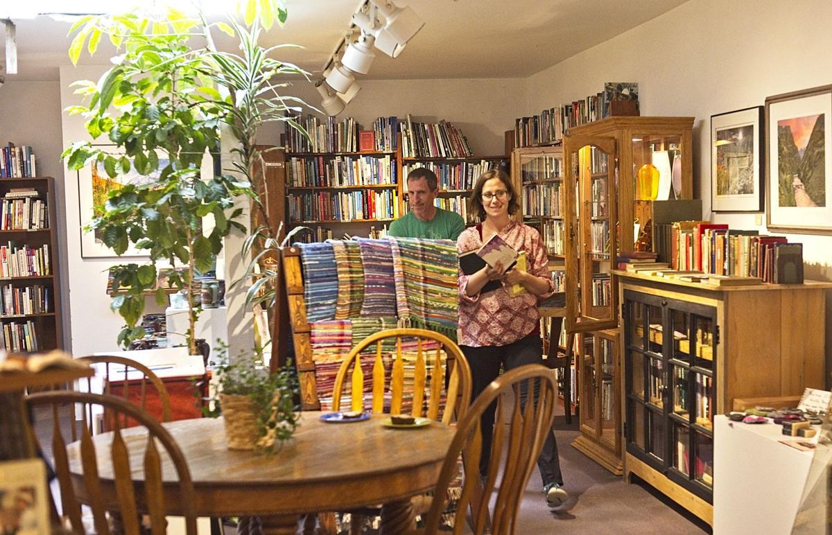 Bookloft LaGrande shoppersPPA.jpg