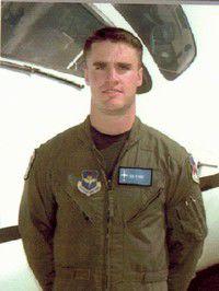 Lostine U.S. Air Force pilot flying into Iraq
