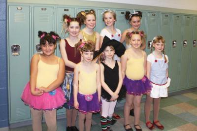 """""""Wizard of Oz"""" girls win third in dance"""