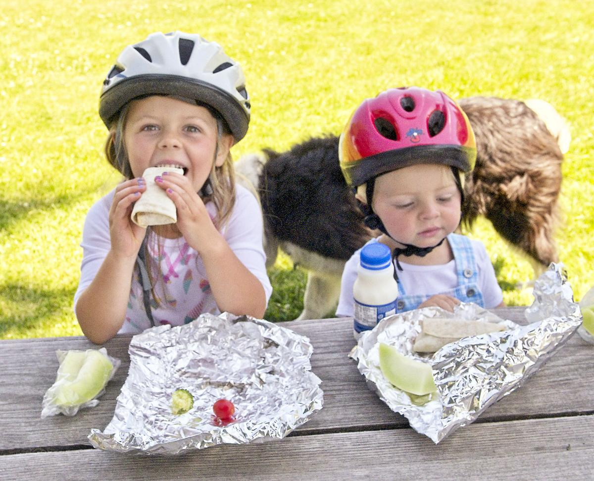 lunch in the park 2.jpg