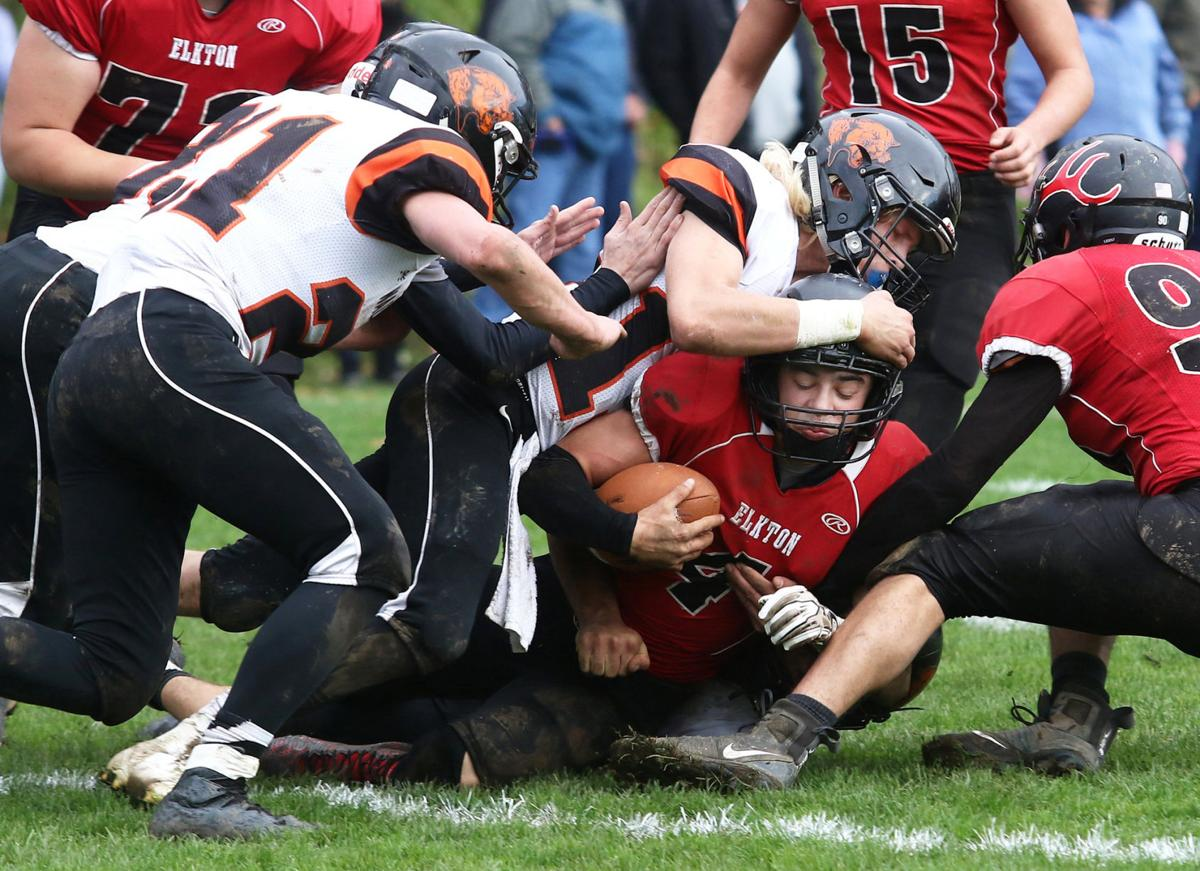 Cougars trounce Elkson, 44-6