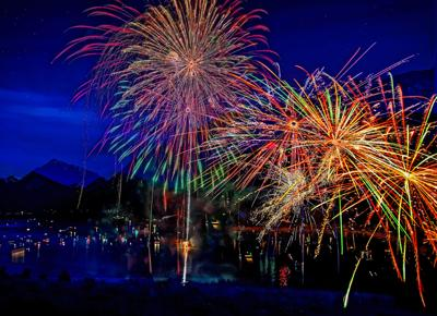 Shake the Lake provides a superb local fireworks show at the Wallowa County Park beginning around 9 p.m. on July 4th.
