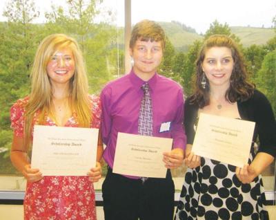 Dewuhs-Keckritz scholarship winners