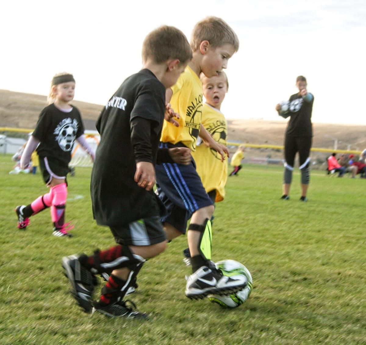 Kids SoccerBoys & ball