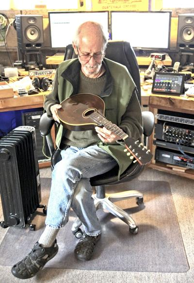 Luthier Webb