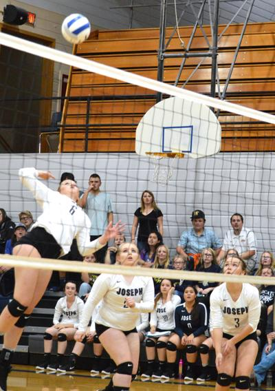 Eagles knock off two Cougar squads