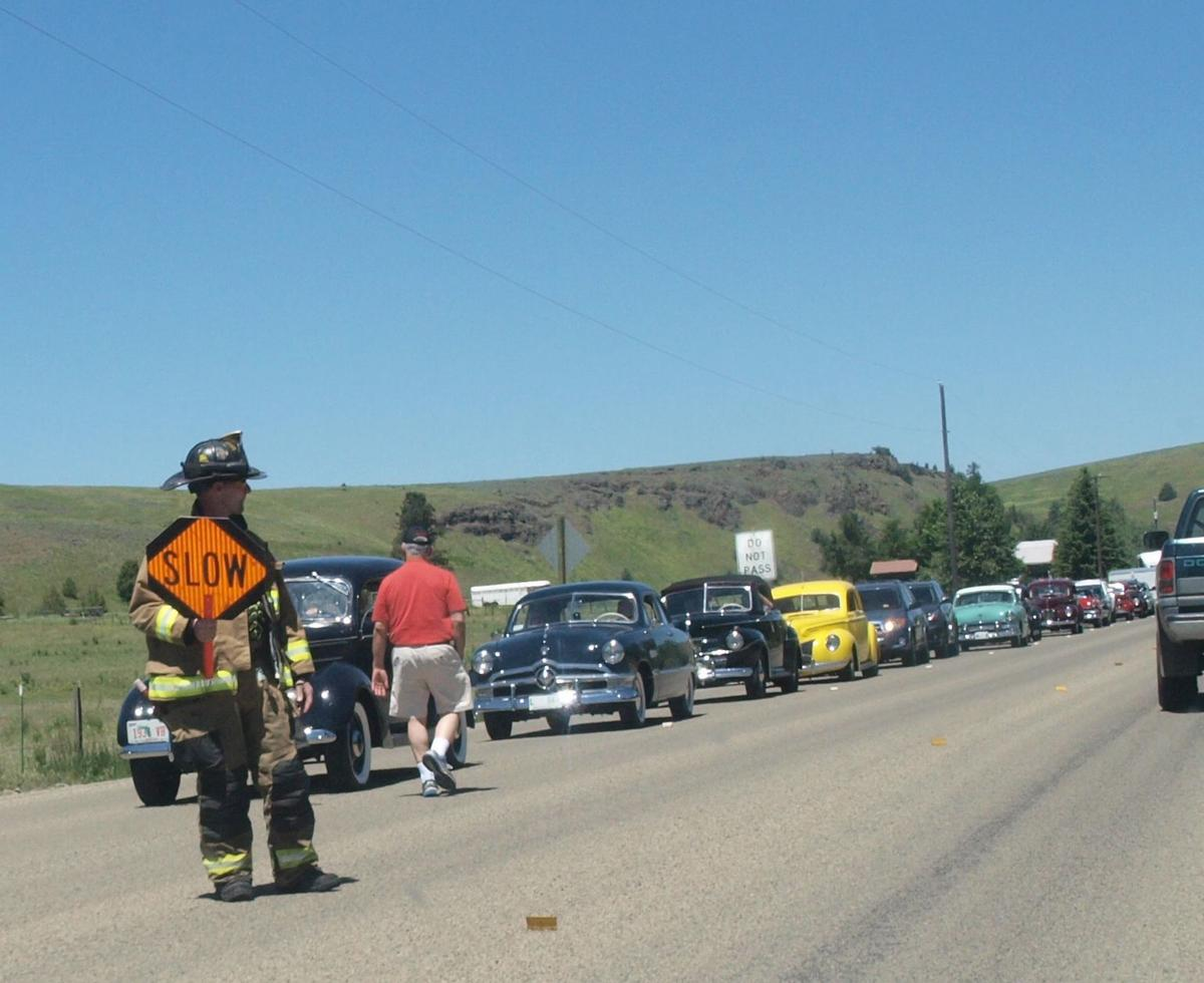 Two vehicles collide on Hwy 82