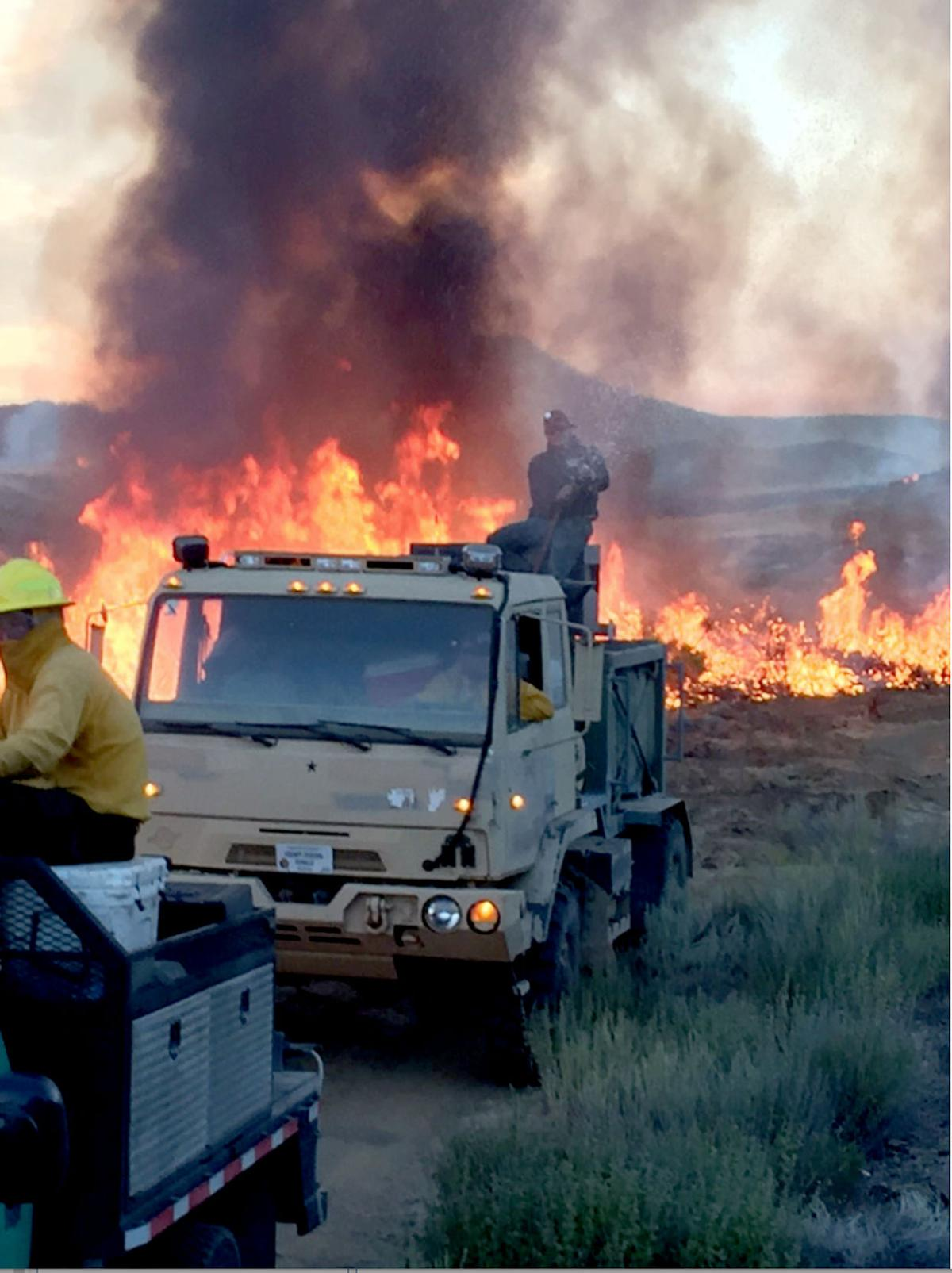 Private landowners fight rangeland fires