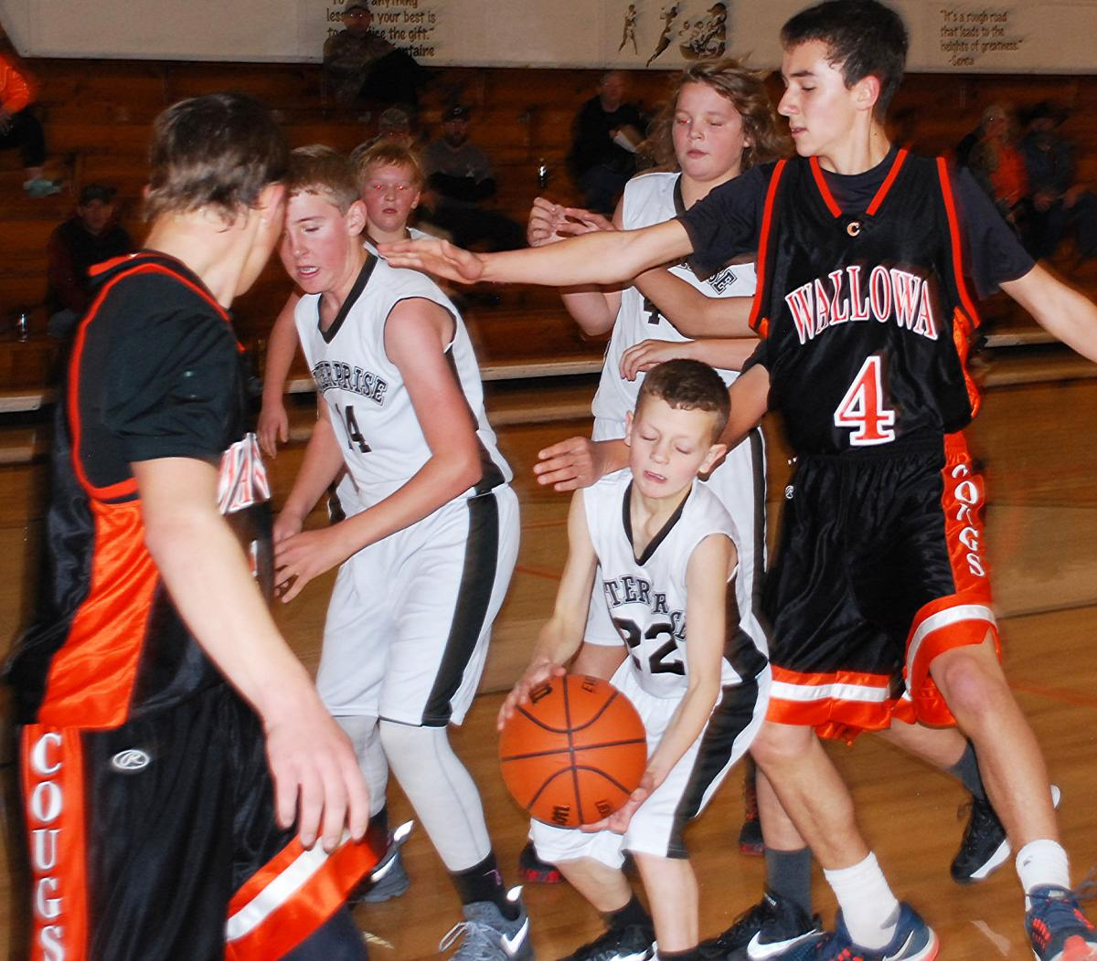 Wallowa Eighth-graders victorious