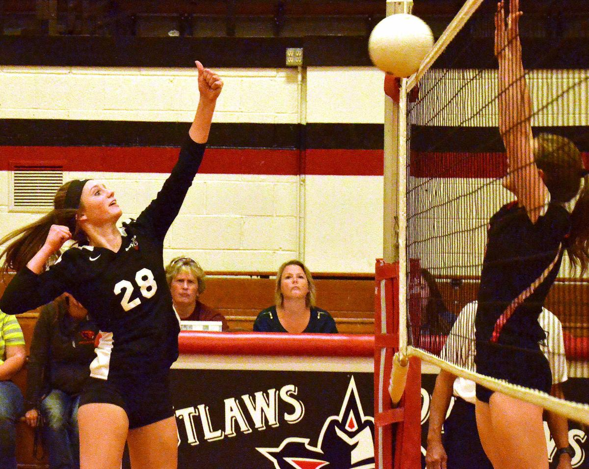 Outlaw volleyball squad falls on hard times