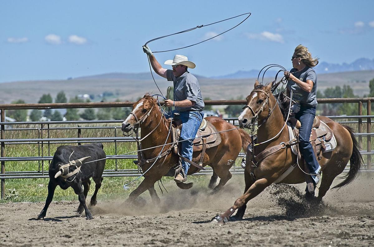 round robin rodeo 15 woman heads guy heels.jpg