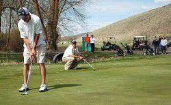 Enterprise golfers stick to winning path
