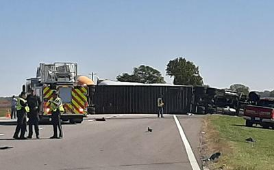 Tractor-trailer involved in accident