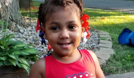 """Lawsuit: Springfield Police Officers """"desecrated"""" ashes of Ta'Naja Barnes during traffic stop"""