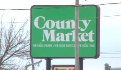 County Market on Pershing Road closing