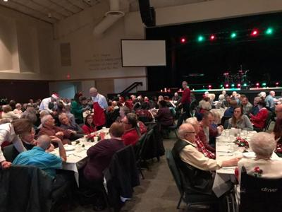 Champaign church gives back on Christmas Day