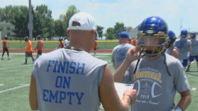 A special bond between Maroa-Forsyth's head coach and their quarterback