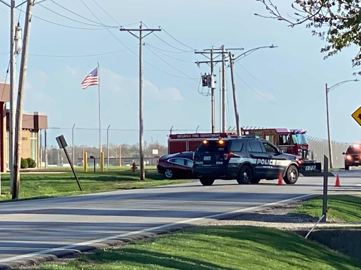 Decatur Airport Road crash 1