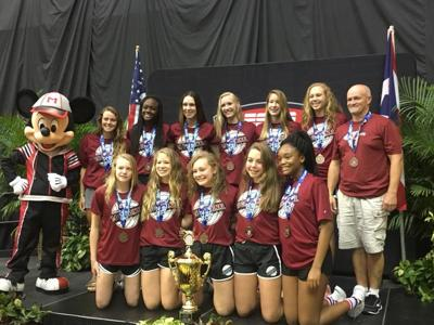 Central Illinois volleyball team takes third place nationally